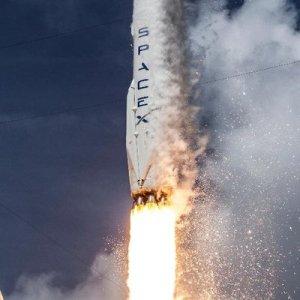 SpaceX: Révolution spatiale en route